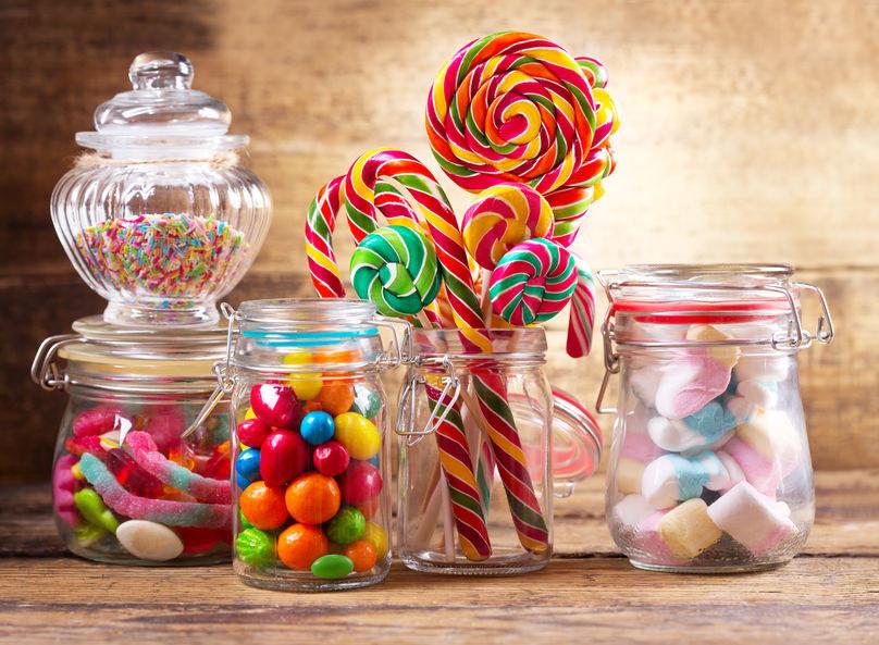 Słodycze dla dzieci /©123RF/PICSEL