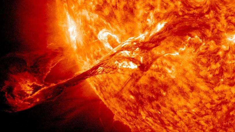 Słońce potrafi wytwarzać superrozbłyski, które mogą być bardzo niebezpieczne dla Ziemi /materiały prasowe