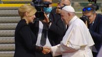 Słowacja: Papież Franciszek skończył swoją pielgrzymkę. Tak wyglądało pożegnanie na płycie lotniska w Bratysławie
