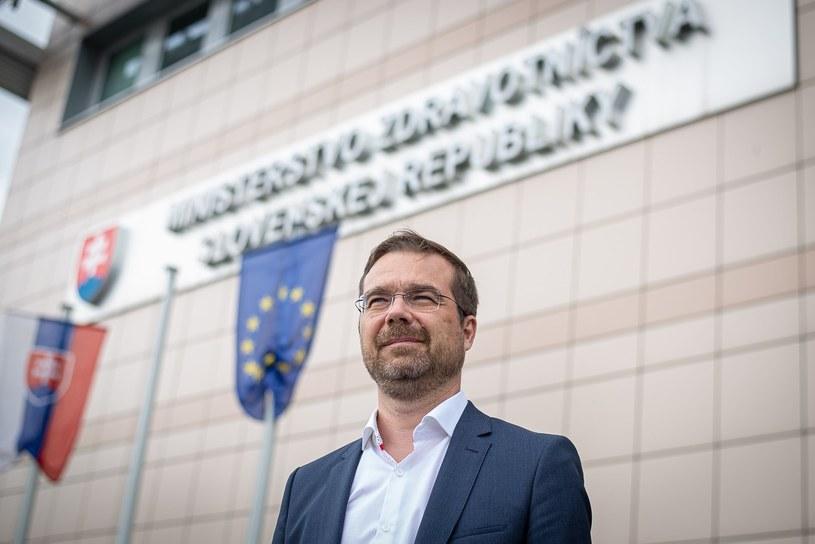 Słowacki minister zdrowia Marek Krajczi poinformował, że na Słowacji odkryto nową mutację koronawirusa /Facebook.com / Marek Krajčí /facebook.com