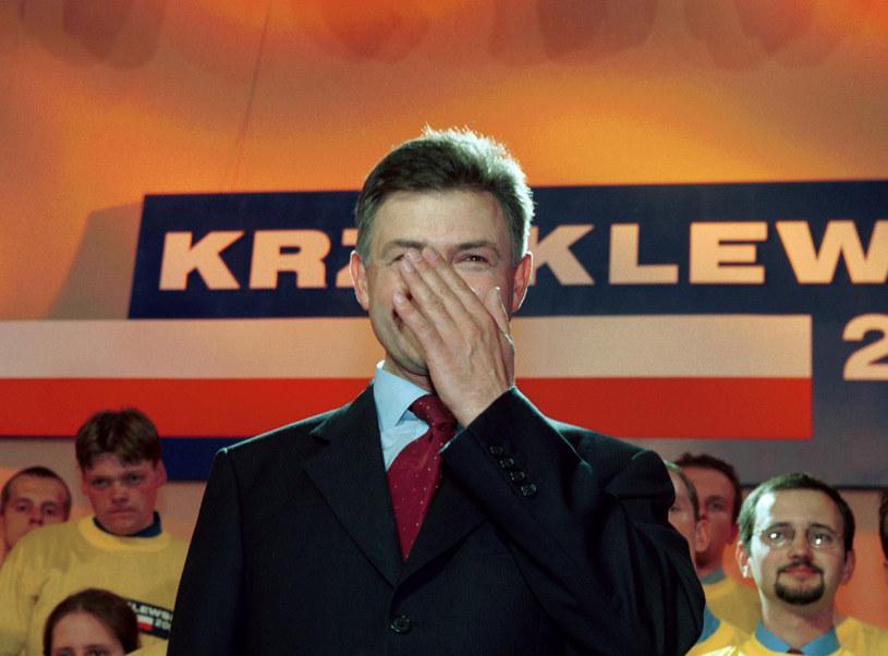"""""""Słowik"""" twierdzi, że słowo """"mafia"""" powstało na rzecz kampanii Krzaklewskiego /Jacek Domiński /Reporter"""