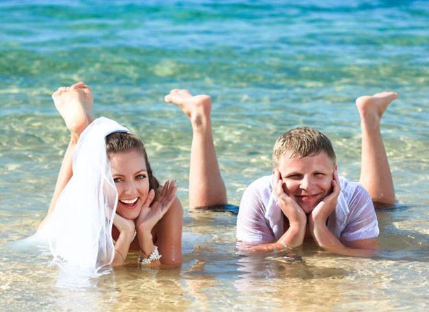 Ślub bez wystawnego wesela w przypadku Lwa w ogóle nie wchodzi w grę! /123RF/PICSEL