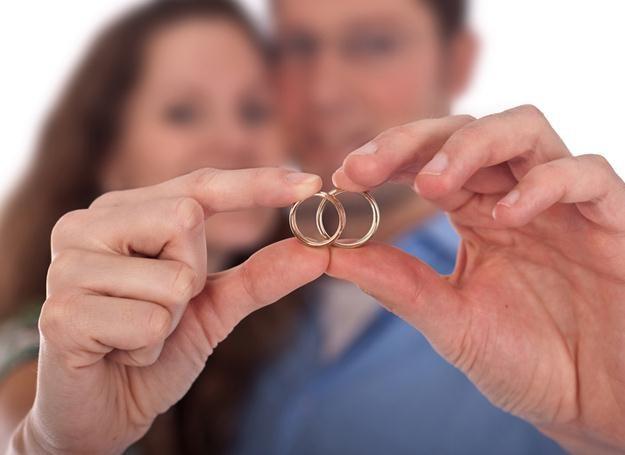 Ślub czy rozwód  mogą mieć wpływ na naszą wagę /© Panthermedia