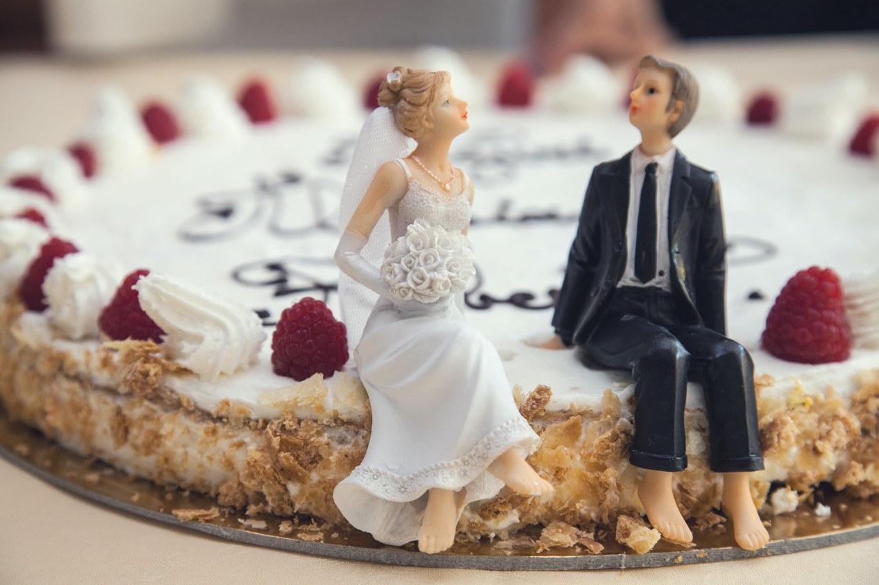 Ślub i wesele a koronawirus. Tradycyjne wesela na 200 osób wrócą dopiero jesienią?