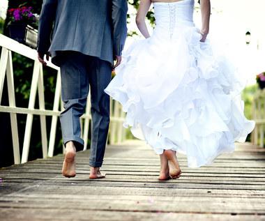 Ślub kontra wesele, polskie zwyczaje retro