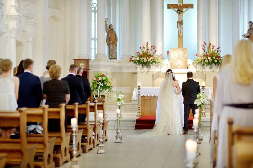 Ślub kościelny, zdj. ilustracyjne /123RF/PICSEL
