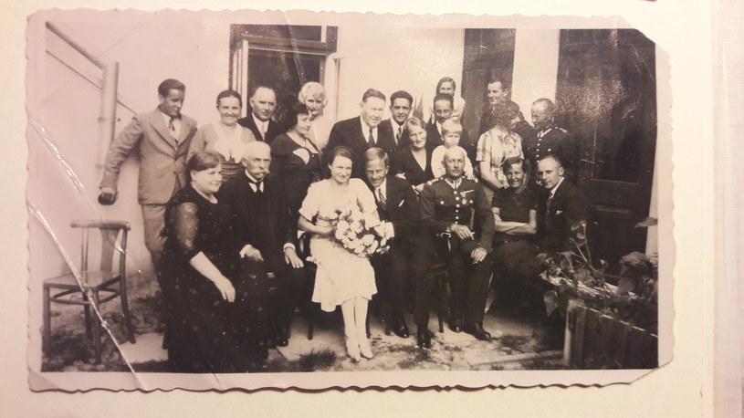 Ślub moich rodziców, Biała Podlaska 1934. / fot. archiwum prywatne Małgorzaty Szejnert /materiały prasowe