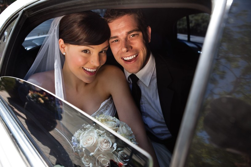 Ślub planują przede wszystkim osoby w wieku 18-30 lat! /123RF/PICSEL