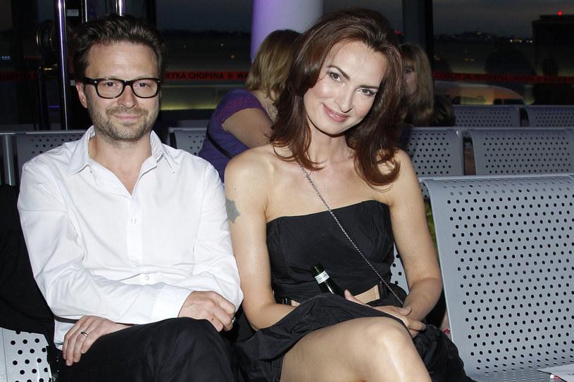 Ślub wzięli po 15 latach związku  /Andrzej Engelbrecht /AKPA