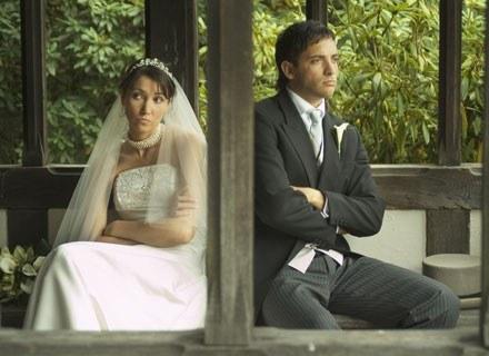 Ślubne przeszkody były źródłem anegdot w niejednej rodzinie /ThetaXstock