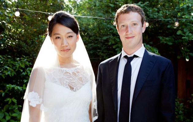Ślubne zdjęcie Marka Zuckerberga /Splashnews