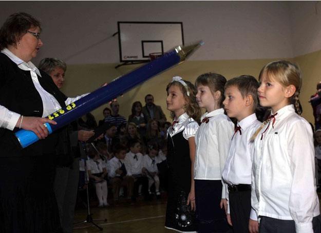 Ślubowanie pierwszoklasistów w jednej z warszawskich szkół / fot. Jacek Domiński