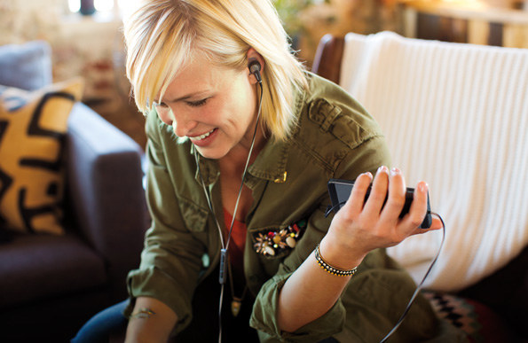 Słuchawki Bose QuietComfort 20 /materiały prasowe