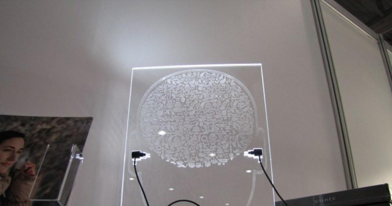 Słuchawki do światłoterapii sposobem na jesień