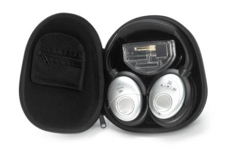 Słuchawki mają składaną konstrukcję, odłączany przewód, a także etui. /materiały prasowe
