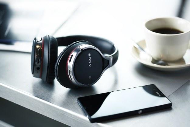 Słuchawki Sony MDR-10RBT /materiały prasowe