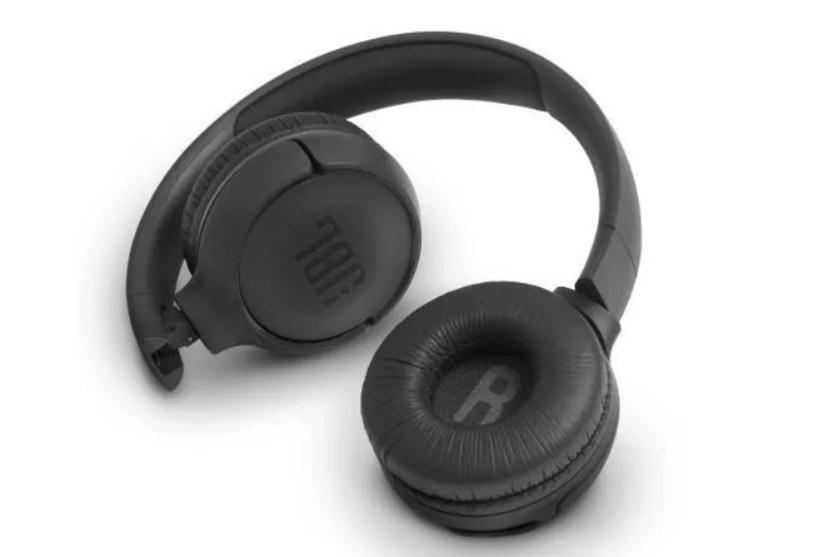 Słuchawki to doskonały pomysł na prezent dla fanów muzyki i graczy /materiały promocyjne