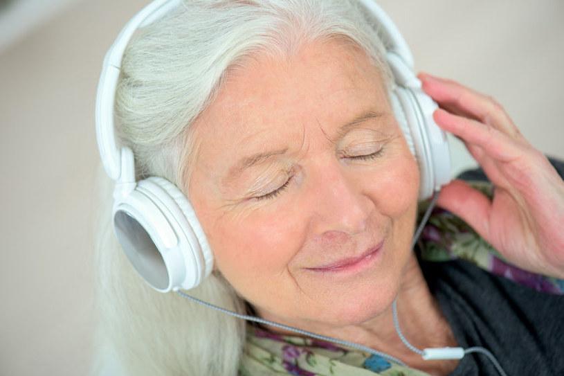 Słuchawki /©123RF/PICSEL