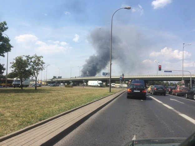 Słup dymu widoczny jest z daleka /Krzysztof Zasada /RMF