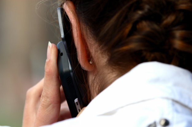 Służbowy telefon w przypadku pewnych grup pracowników nie jest już niczym nadzwyczajnym /© Panthermedia