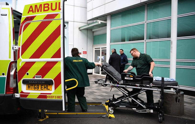 Służby medyczne w Wielkiej Brytanii / ANDY RAIN    /PAP/EPA