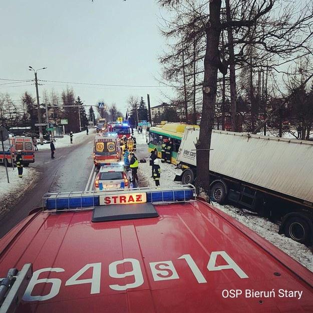 Służby na miejscu wypadku /OSP Bieruń Stary /Gorąca Linia RMF FM