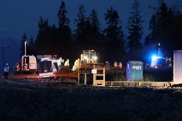 Służby pracują w miejscu, gdzie doszło do uszkodzenia gazociągu w Klikuszowej /Grzegorz Momot /PAP