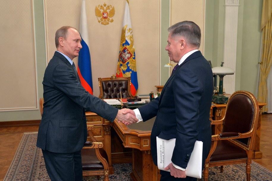 Służby prasowe Kremla opublikowały zdjęcia Putina i Lebiediewa ze spotkania /ALEXEI DRUGINYN / RIA NOVOSTI  /PAP/EPA