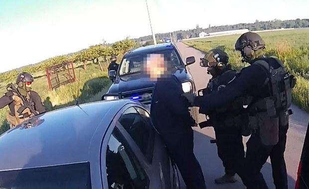 Służby rozbiły grupę przestępczą. 34 zatrzymanych ws. zbrodni vatowskich