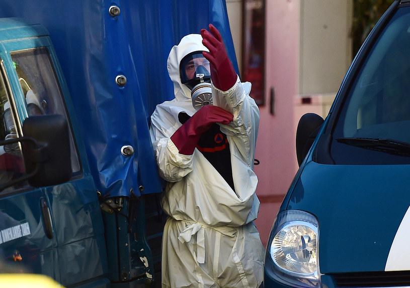 Służby w Belgii zostały przeszkolone w reagowaniu na użycie broni biologicznej /AFP