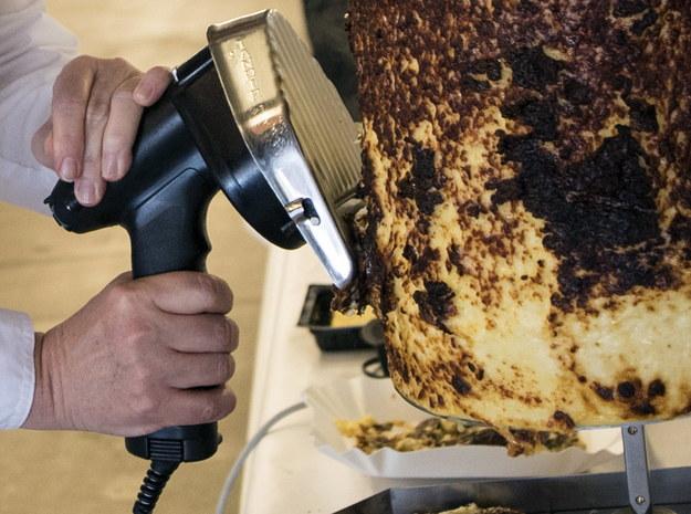 Służby w Słowenii twierdzą, że wykryły salmonellę w mięsie z Polski