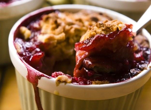 Smaczny deser z renklodami /123RF/PICSEL