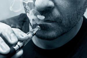 Smakowe wkłady do e-papierosów są toksyczne
