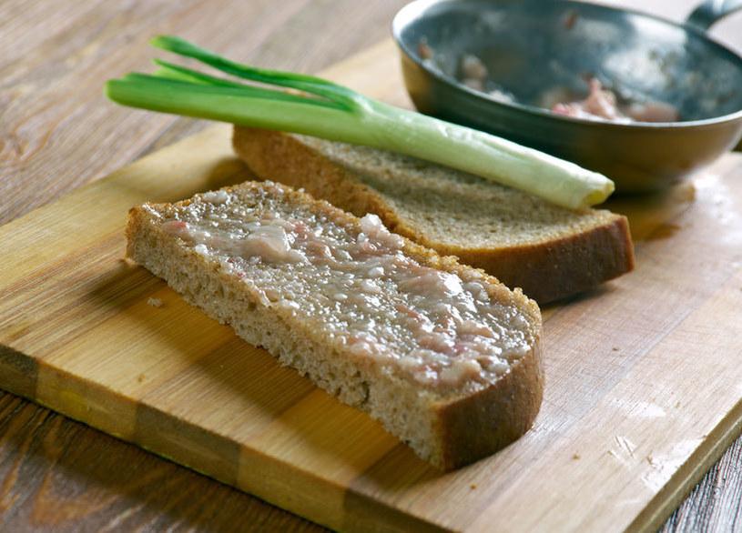 Smalec na chlebie /©123RF/PICSEL