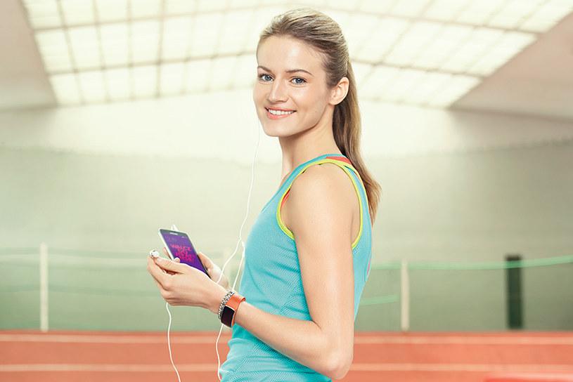 Smartfony i tablety zmieniają nasze podejście do związków międzyludzkich /materiały prasowe