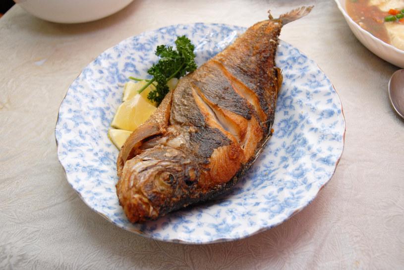 smażona ryba /© Photogenica