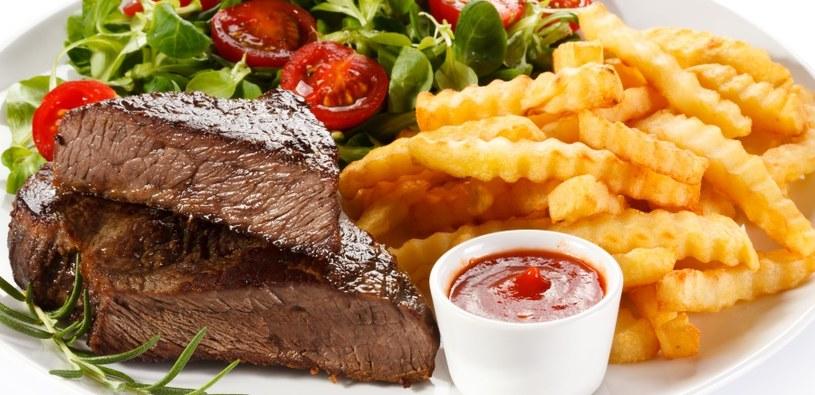 Smażone potrawy nie są wskazane /©123RF/PICSEL