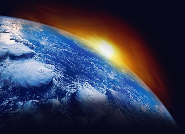 Śmiecenie na Ziemi już nam nie wystarcza. Teraz zagraciliśmy też kosmos /© Panthermedia
