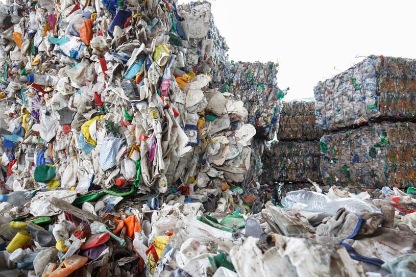 Śmieci problem nie tylko w Polsce /AFP