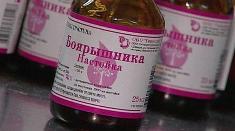 Śmiercionośna nalewka z głogu. Zmarło już 15 osób, fot. Rossija24 /