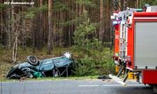 Śmiertelny wypadek koło Polkowic. Zginął 26-letni kierowca, są ranni
