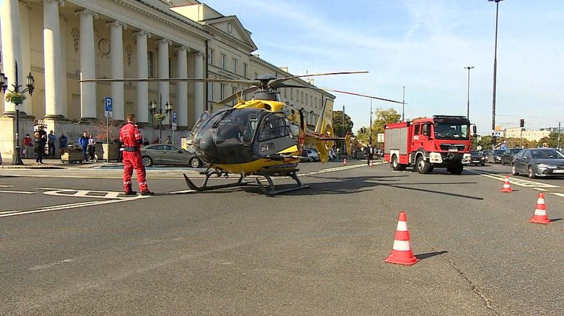 Śmigłowiec LPR lądował w centrum Warszawy na Placu Bankowym /Polsat News /Polsat News