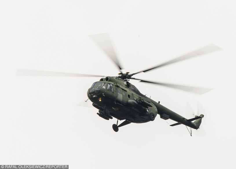 Śmigłowiec Mi-8 /Rafal Oleksiewicz /Reporter
