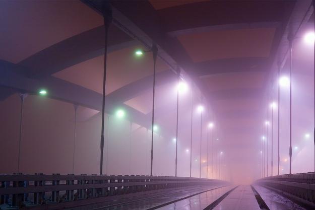Smog jest wielkim problemem Krakowa. Na zdjęciu most Kotlarski /©123RF/PICSEL