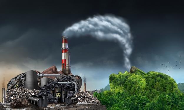 Smog kosztuje Polskę 111 mld zł rocznie /©123RF/PICSEL