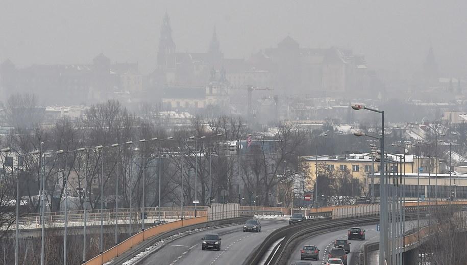 Smog nad Krakowem /Jacek Bednarczyk /PAP