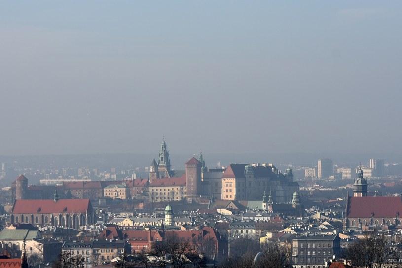 Smog nad Krakowem /Marek Lasyk/REPORTER  /East News