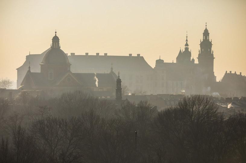 Smog nad Krakowem /Beata Zawrzel /Reporter