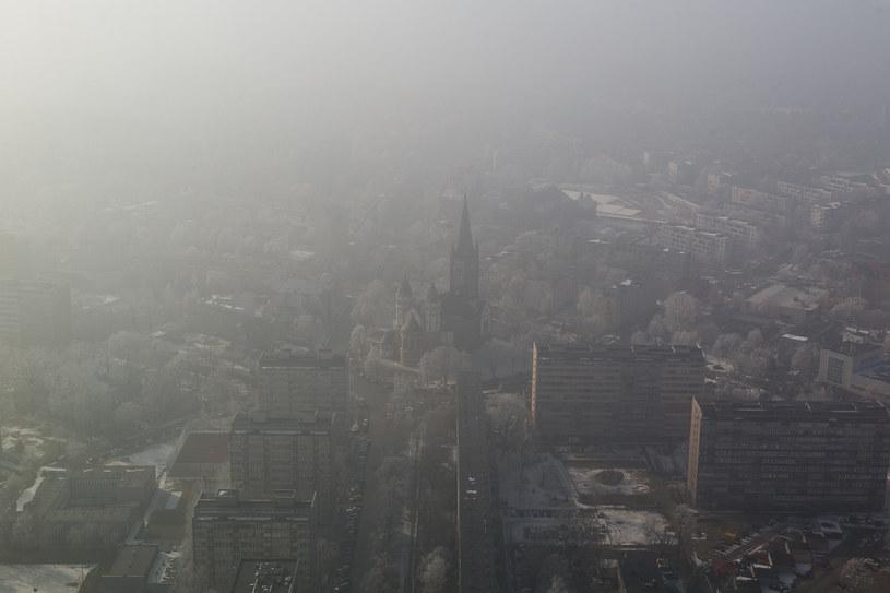 Smog nad Wrocławiem /Fot. Mateusz Wlodarczyk /Agencja FORUM