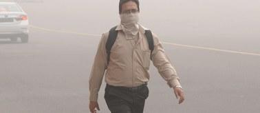 Smog paraliżuje Delhi. Normy przekroczone 30-krotnie